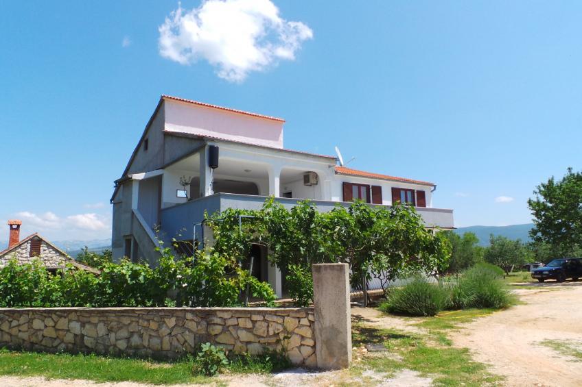 FerienWohnung mit großer Terrasse und Internet - BF-K7G63