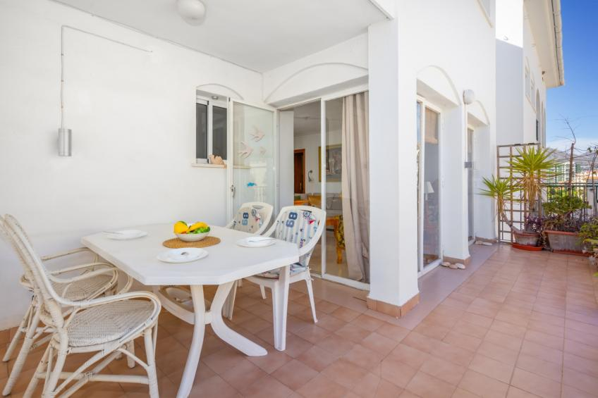 Apartment - 2 Bedrooms with Pool and WiFi - 109123