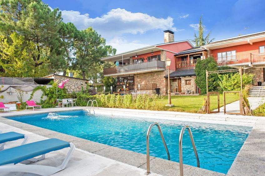 Gran jardín piscina y Spa - Galapagar II